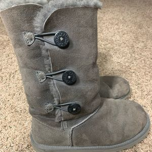 Ugg Bailey button tall gray boots size 8 (8.5/9)